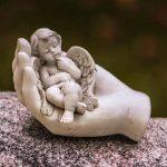 Zeit, auf Friedhöfe zu gehen