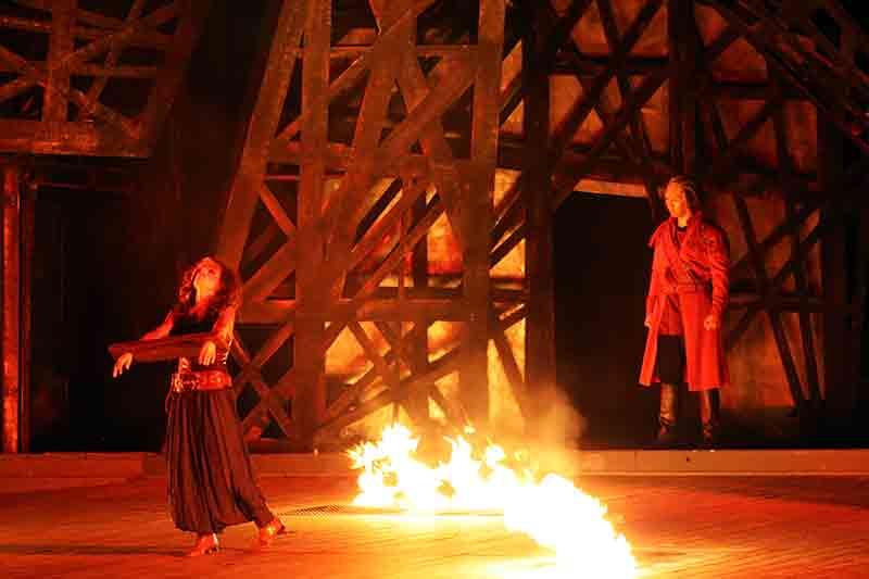 """Die Oper - hier """"Der Troubadour"""" gehört zum klassischen Kulturbegriff."""