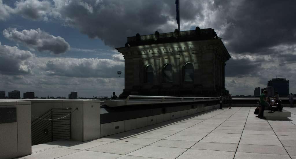 Blick von der Reichstagsterrasse - die düstere Variante.