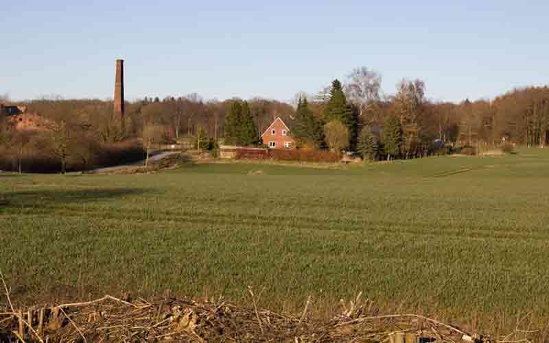 Nichts als Felder, Knicks und eine alte Ziegelei: Unsere Splittersiedlung